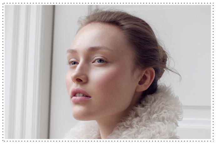 Get The Look Kjaer Weis Trans Seasonal Simplicity Content Beautycontent Beauty
