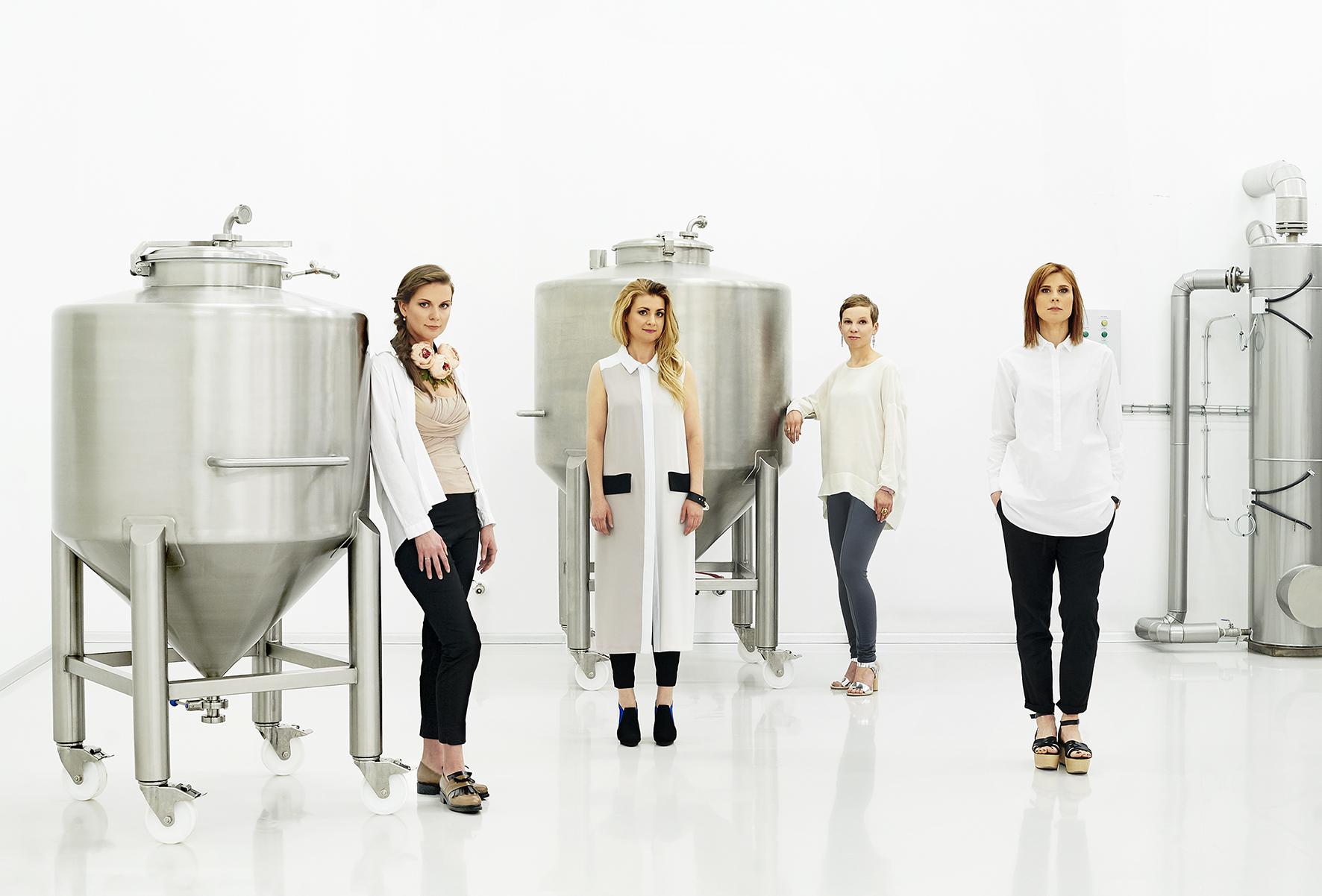 MADARA-Cosmetics-founders-Paula-Lotte-Zane-Liene(2)