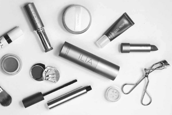Organic Cosmetics Chosen by Makeup Artists as their Desert Island Product
