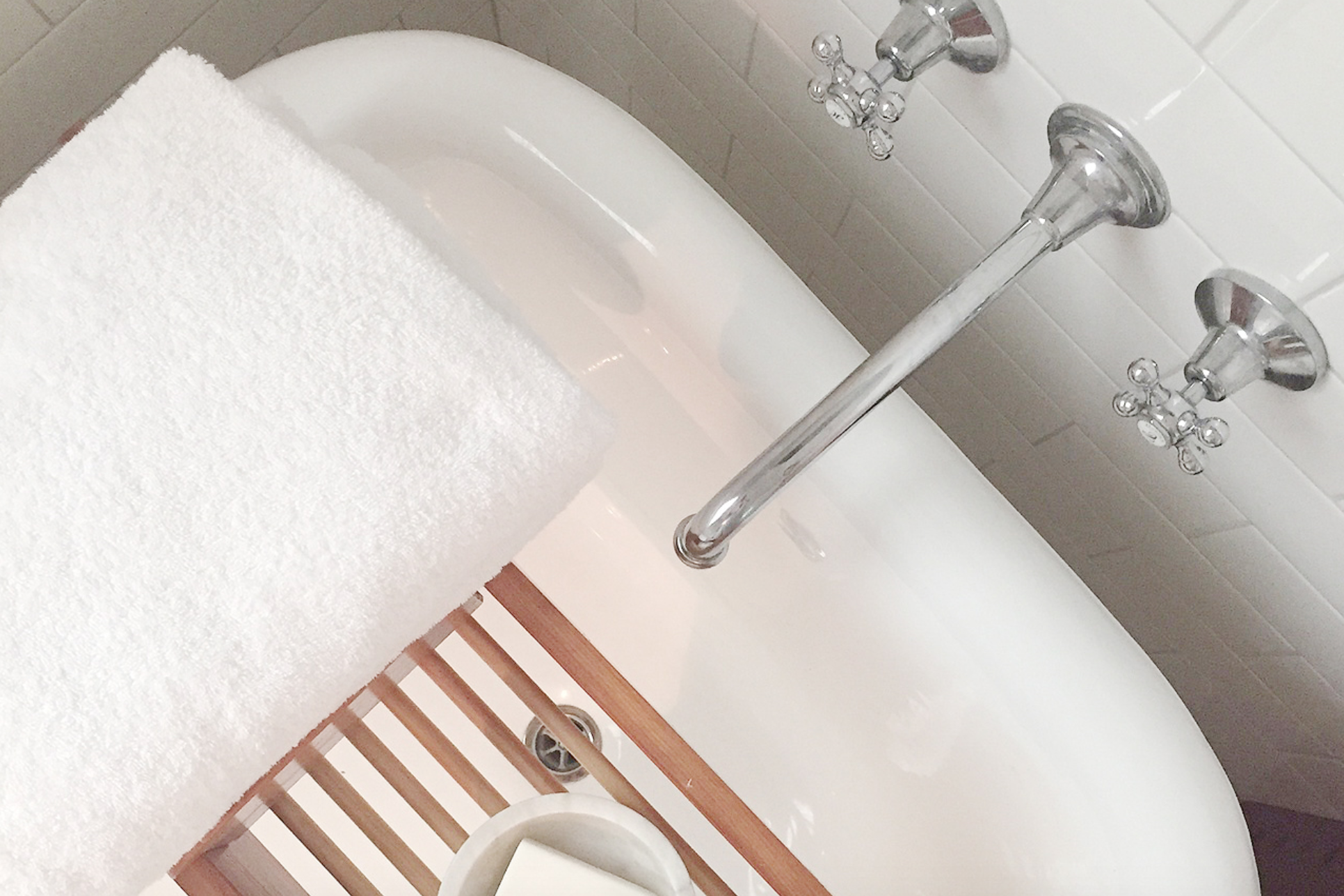 DETOX YOUR BATHROOM 101